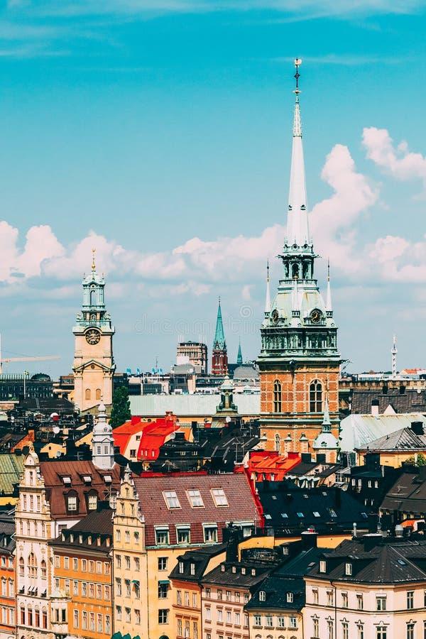 Stockholm, Zweden Historisch Centrum met Lange Torenspits van de Gertrude ` s Kerk in Gamla Stan, de Oude Stad in Centraal royalty-vrije stock afbeelding
