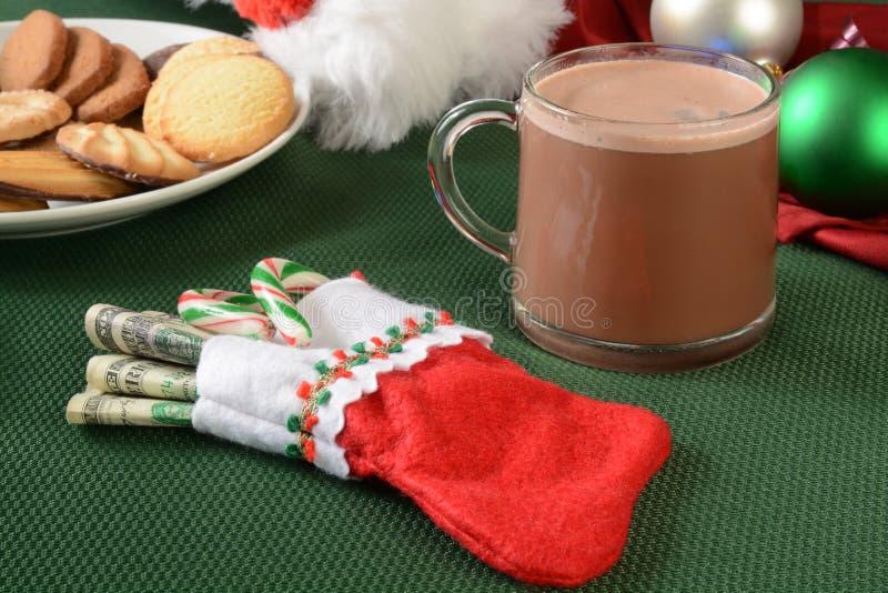 Stockilng de la Navidad relleno con el dinero fotos de archivo libres de regalías