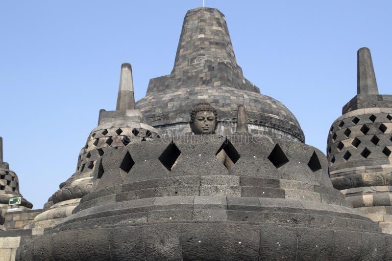 Stoepa del templo del borobudur, en el indonesie de Java imágenes de archivo libres de regalías