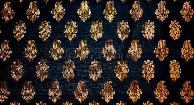 Stof met traditioneel Indisch ontwerp royalty-vrije stock fotografie