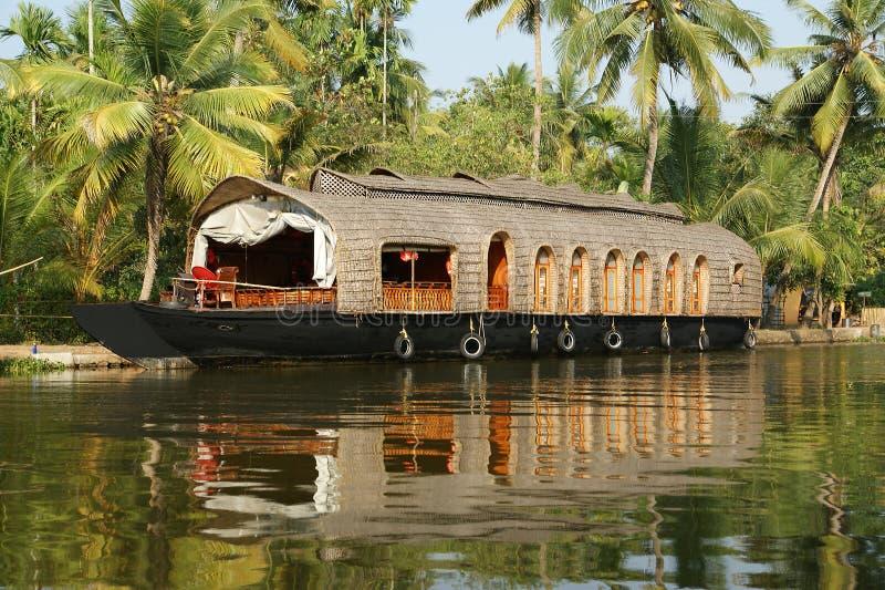 stojących wod łódkowatego domu ind Kerala obraz stock