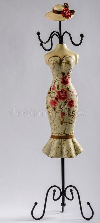 Stojak dla biżuterii w formie żeńskiego ciała z dekoracyjnym obrazem, obraz royalty free