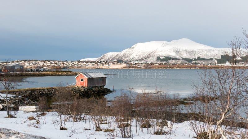 Stokmarknes i Hadsel cieśnina w Norwegia w zimie fotografia royalty free