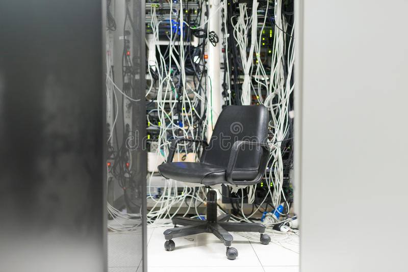 Stol i serverrummet arkivfoton