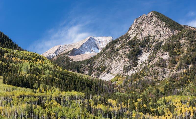 Stolberg som beskådas från Crystal River Valley, Colorado arkivfoto