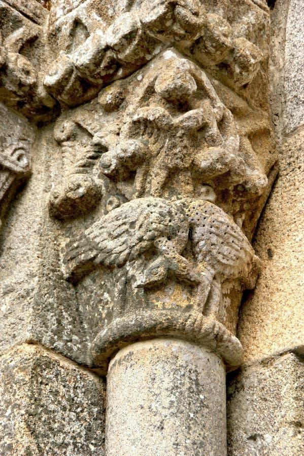 Stolice romańskie klasztoru Sao Pedro de Ferreira zdjęcia stock