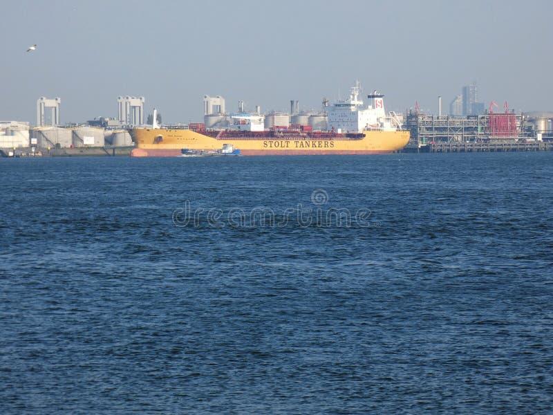 Stolt-Tanker koppelte im Rotterdam Europoort Botlek II an lizenzfreie stockfotografie
