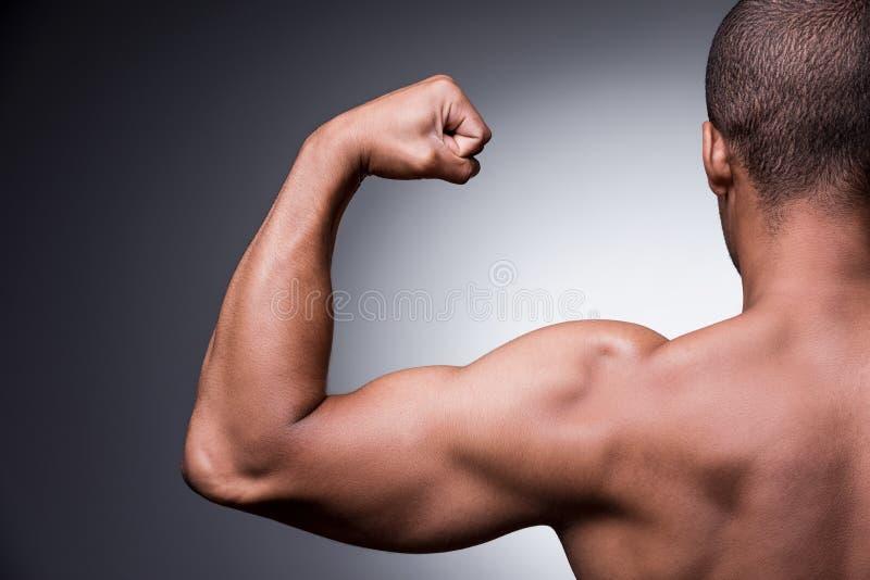 Stolz auf seinen perfekten Körper stockfotos