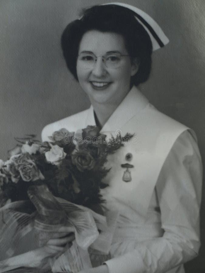 Stolze Krankenschwester stockbild