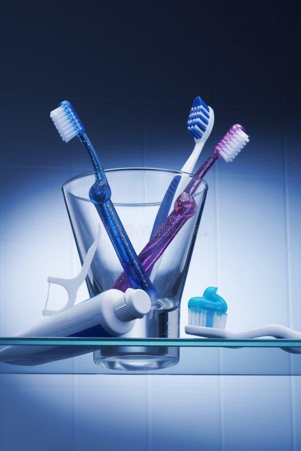 Download Stomatologiczna higiena zdjęcie stock. Obraz złożonej z oralny - 29060870