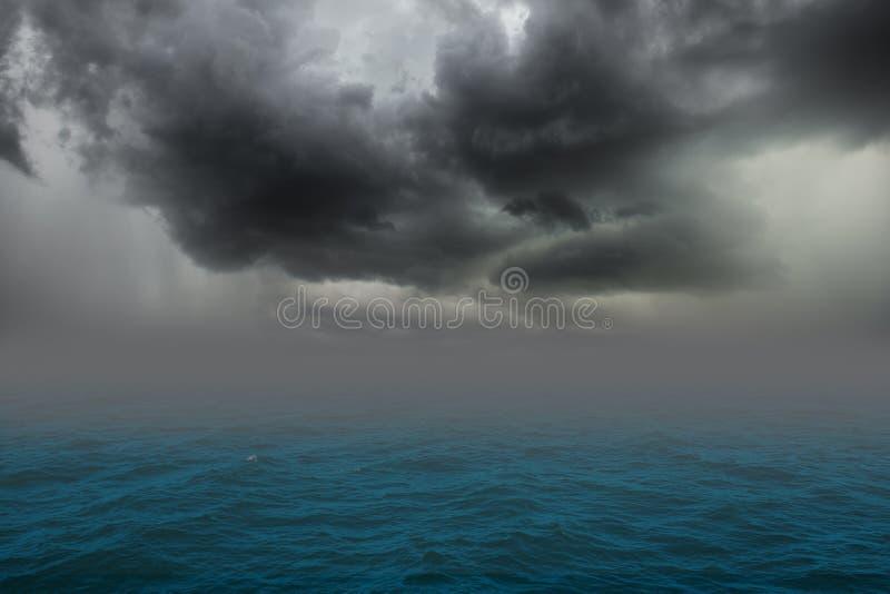 Stomy moln fotografering för bildbyråer