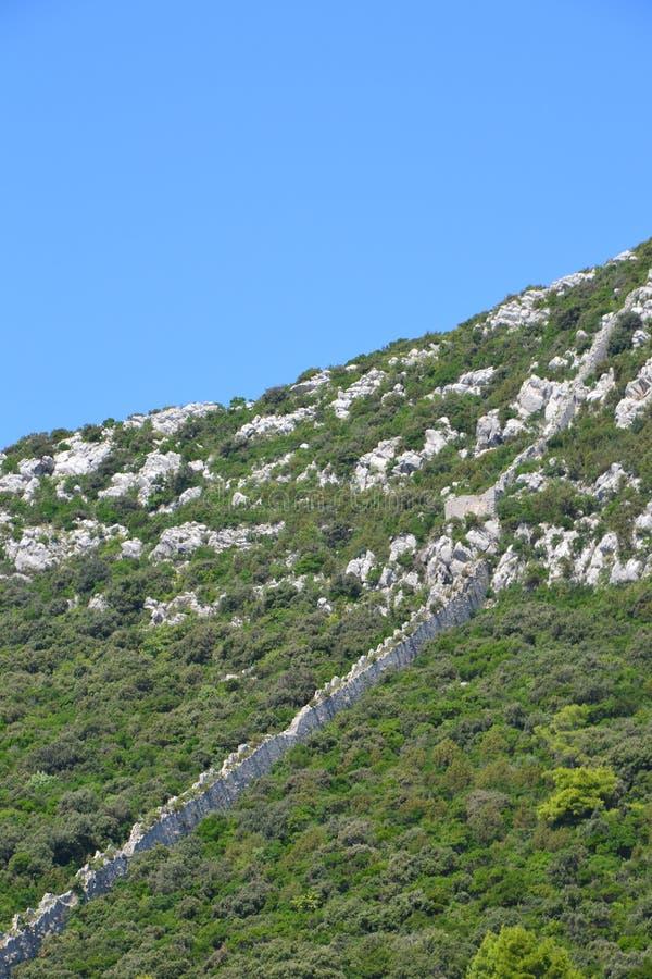 Ston försvarväggar - Dalmatia, Kroatien arkivfoto