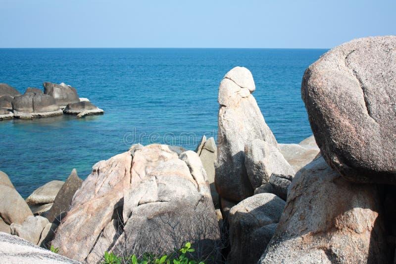 Stond auf dem Strand, der wie Penis, südlich von Thailand aussieht lizenzfreies stockfoto
