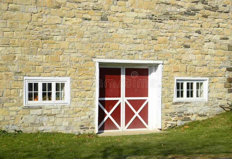 Download Stone Barn Stock Photos - Image: 27912733