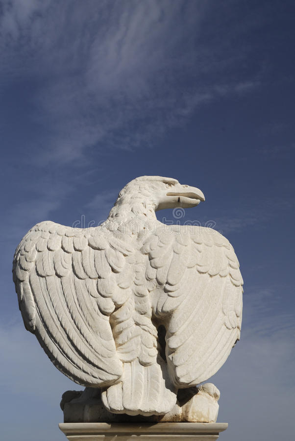 Free Stone Eagle Royalty Free Stock Photo - 13081695