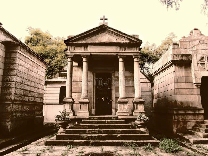 Stone Mausoleum Free Public Domain Cc0 Image