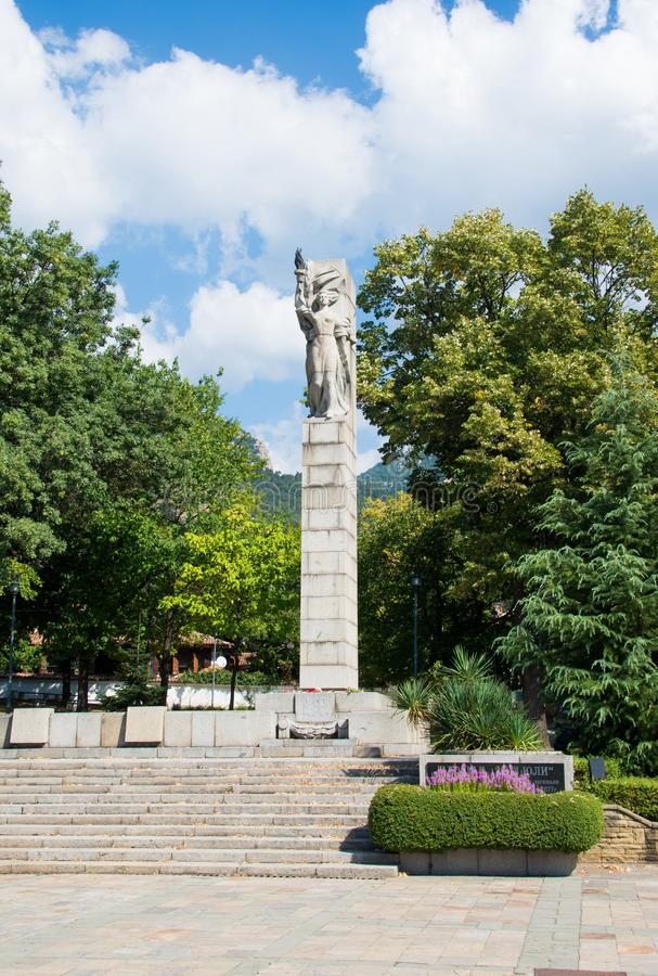 A stone monument representation of liberty. From the ottoman empire oppression in the 15 century. The monument is made out of bronze in the city of Kalofer stock images