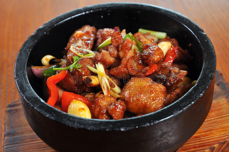 Download Stone Pot Pepper Chicken Stock Image - Image: 33201571