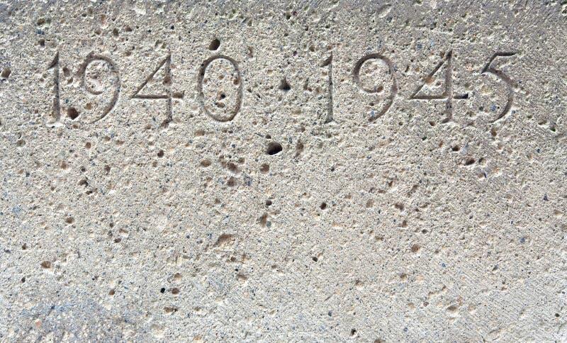 Download Stone wojna świat obraz stock. Obraz złożonej z data, broń - 1290129
