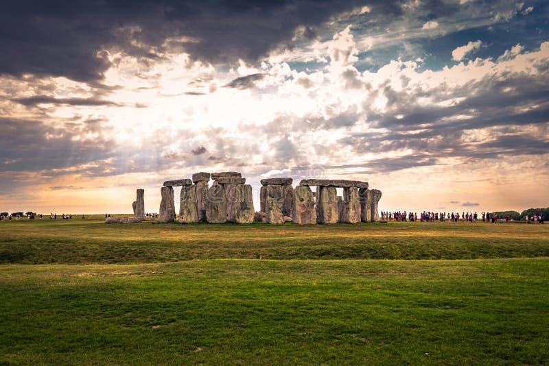 Stonehenge - Augusti 07, 2018: Fornminne av Stonehenge, England royaltyfria bilder