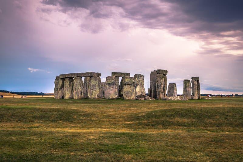 Stonehenge - Augusti 07, 2018: Fornminne av Stonehenge, England arkivfoton
