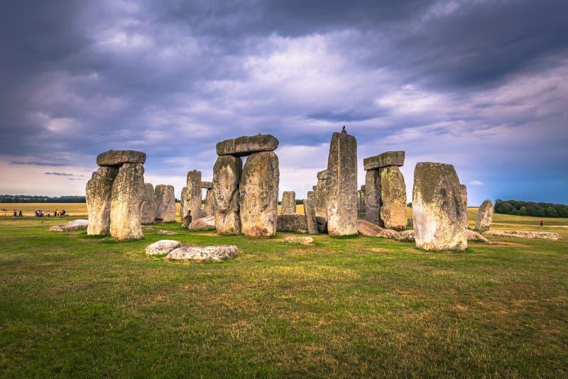 Stonehenge - Augusti 07, 2018: Fornminne av Stonehenge, England royaltyfri fotografi