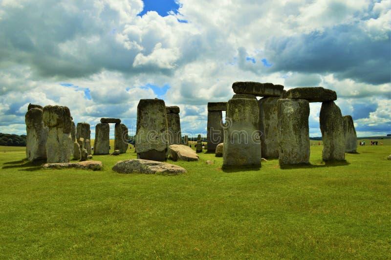 Stonehenge am bewölkten Tag stockbilder