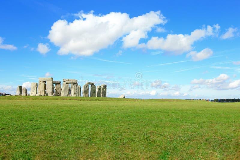 Stonehenge dans la prairie photographie stock libre de droits