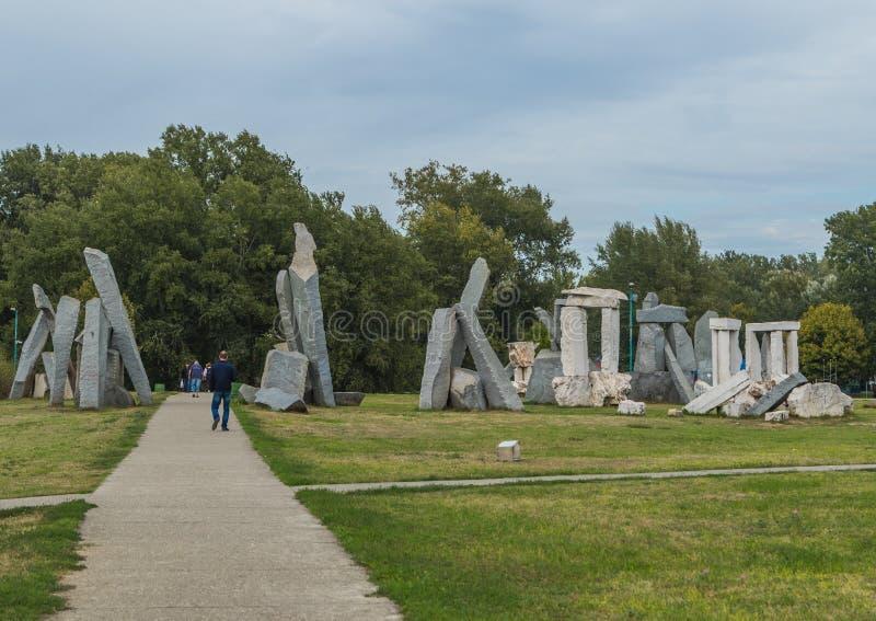 Stonehenge em Ada Ciganlija imagens de stock