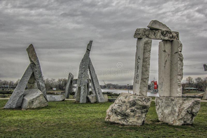Stonehenge em Ada Ciganlija, Belgrado foto de stock royalty free