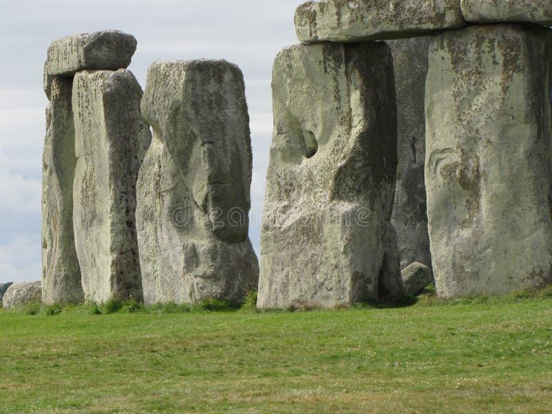Stonehenge --en förhistorisk anseendestenmonument som lokaliseras i England royaltyfri bild