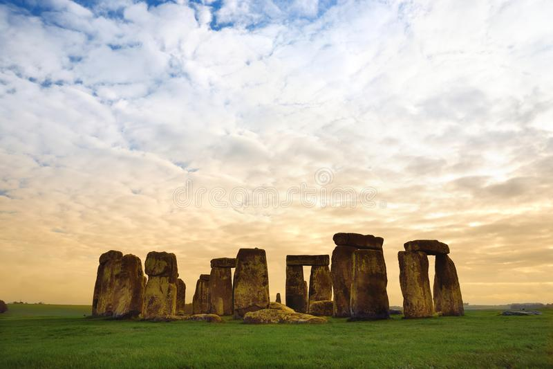 Stonehenge, one of the wonders of the world and the best-known prehistoric monument in Europe, located in Wiltshire, England stock photography