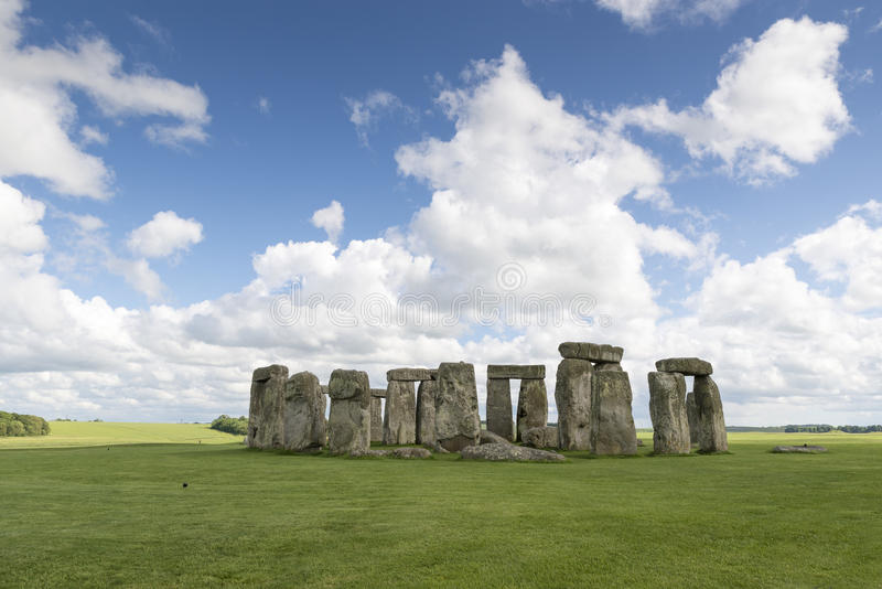 Download Stonehenge stock image. Image of destinations, culture - 41562505