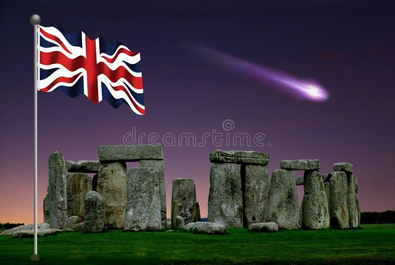 Stonenheng na tarde com um cometa imagem de stock royalty free