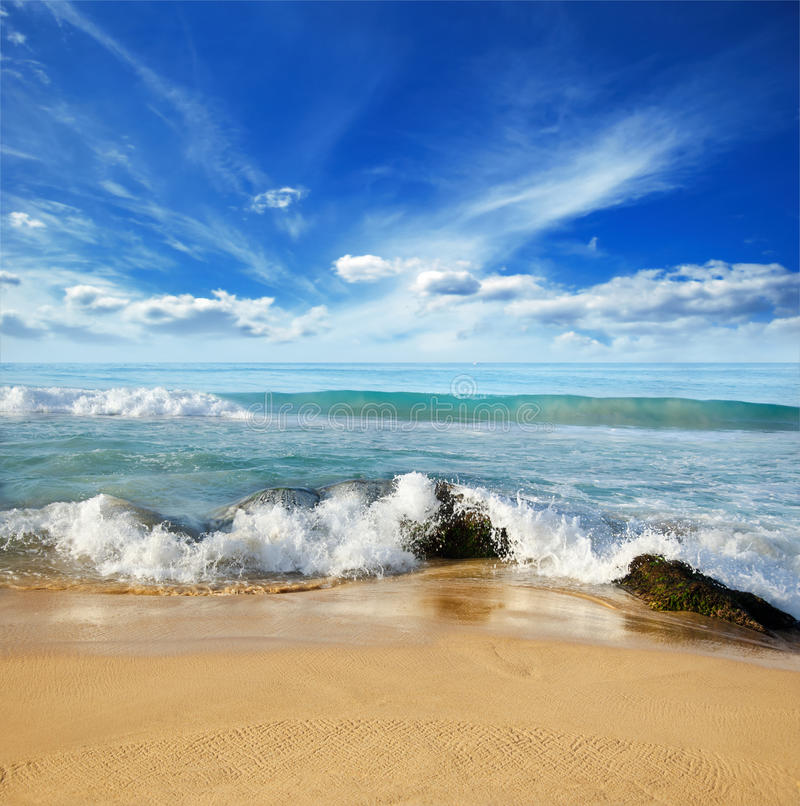 Download Stones In The Waves On Ocean Coast Stock Image - Image: 22652579
