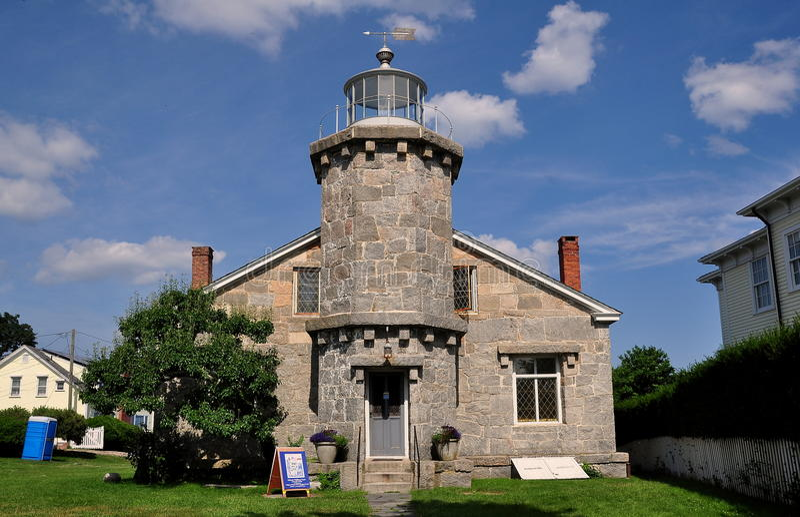 Stonington, CT : Vieux musée en pierre du phare 1840 photographie stock