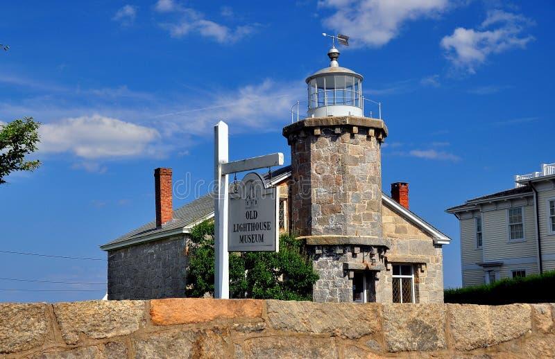 Stonington, CT : Vieux musée en pierre du phare 1840 images libres de droits