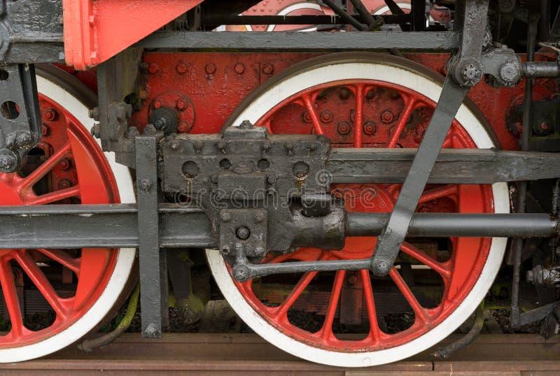 Stoomlocomotief en zijn wielen stock afbeelding