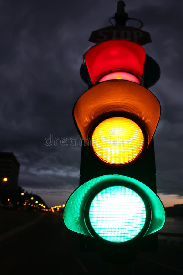 Free Stoplight - Fisheye Photo Royalty Free Stock Photo - 21188575