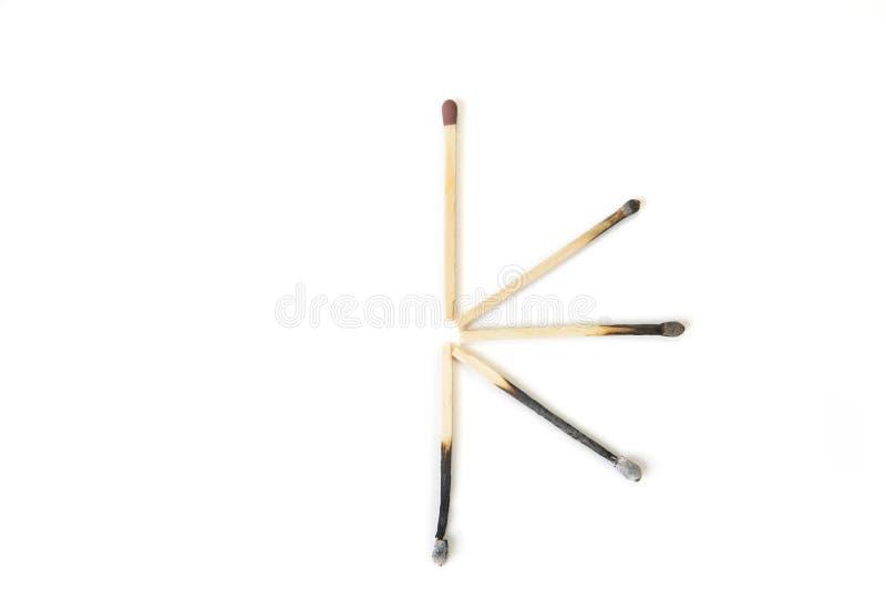 Stopniowo burnt out matchsticks na białym tle Niepowodzenia pojęcie zdjęcie royalty free