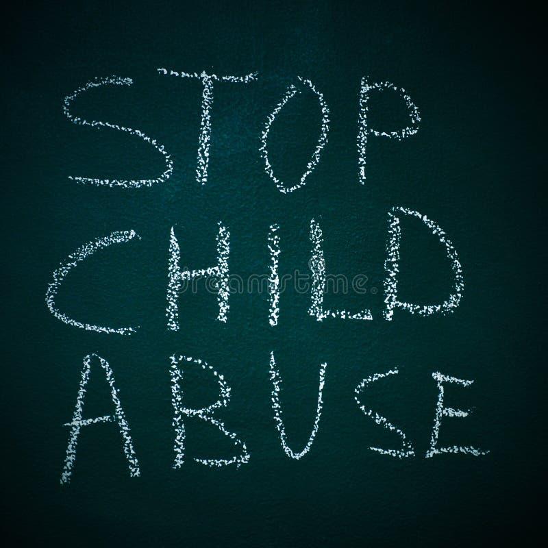 Stoppa barnmisshandel arkivfoto