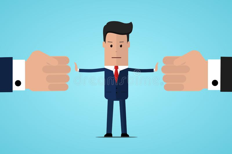 Stoppkonflikt Affärsmandomaren finner kompromiss Medlare som löser konkurrens Konflikt och lösning Mannen kastar två nävar stock illustrationer