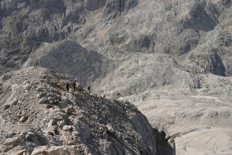 stor bergtur arkivbild