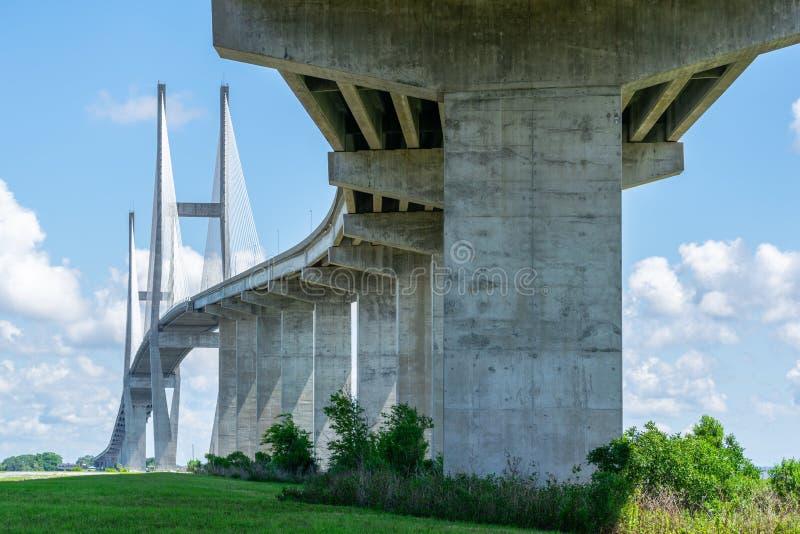 stor bro royaltyfri fotografi