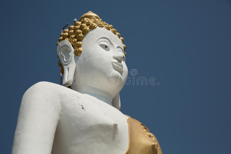 stor buddha skulptur royaltyfria foton