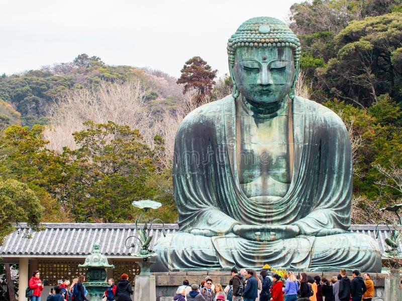 Stor Buddhastaty i Kotoku i tempel royaltyfria foton