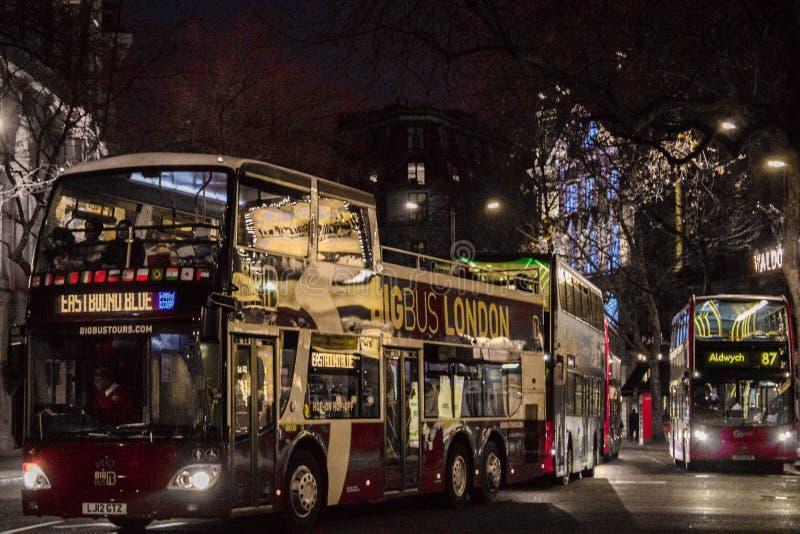 Stor buss London arkivfoto