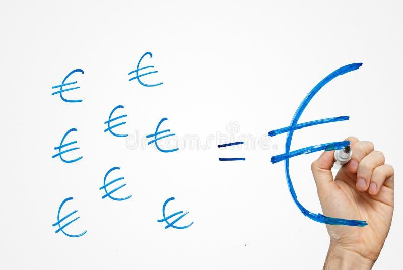 stor euroförmögenhet gör besparingar lilla royaltyfri foto