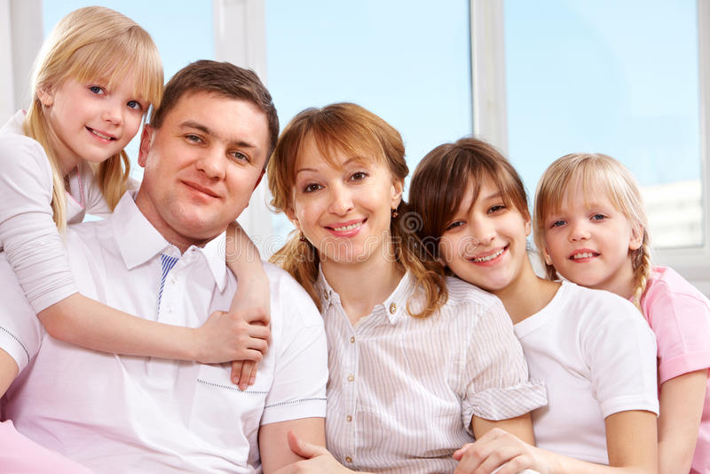 stor familj royaltyfri foto