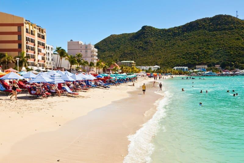 Stor fjärdstrand, St. Maarten arkivbild